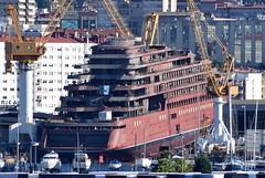 Barreras 1705 (Goolio60) Tags: ship cruise passenger shipyard barreras vigo construction