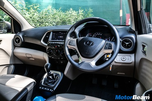 2019-Hyundai-Santro-22