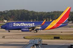 N7853B SOUTHWEST AIRLINES BOEING 737-7QB8(WL) (Roger Lockwood) Tags: n7853b southwestairlines boeing737 rsw