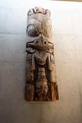 Haida crest figure carving (quinet) Tags: 2017 aborigène britishcolumbia canada firstnations kunst museumofanthropology ubc ureinwohner vancouver westcoast aboriginal art indian museum musée native northwest