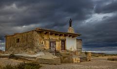 Una Cabaña en las BARDENAS (dnieper) Tags: bardenasreales cabaña cielotormentoso navarra spain españa