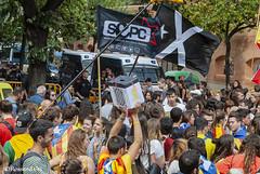 1er Aniversari 1O 2017- Girona (rossendgricasas) Tags: 1o girona catalonia politica people street colorimage photography photoshop photo nikon