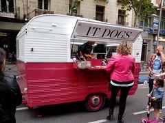 It Dogs (jojablero) Tags: streetfood olvido carromato oversight wagon comidacallejera madrid