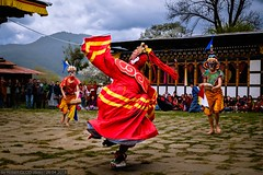 Domkhar Tshechu at the Domkhar Lhakhang in Chumey (Robert GLOD (Bob)) Tags: chhume chhumevalley chhumey chhumeyvalley chumey chumeyvalley domkhar domkharlhakhang domkhartshechu lhakhang masked maskeddancer tshechu architecture basin building construction dancer festival festivals group groups lowland parties party prairie professions religion religious roles temple temples valley bhutan bt bumthang