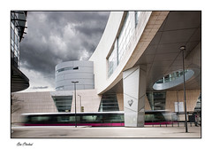 "Arrêt ""Auditorium"" (Rémi Marchand) Tags: tramway dijon côtedor bourgogne ville transport urbain poselongue filé canon5dmarkiii"