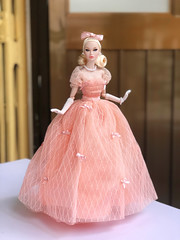 Going to the ball (duckhoa_le) Tags: poppy parker doll dolls fashion royalty integrity toys toy barbie pink peach parfait 2018 city sweetheart collection blonde pale japan skintone screening pillow talk gown ball dress princess photography photoshoot miss amour dior chanel
