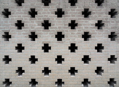 decorative brickwork (chrisinplymouth) Tags: wall brick decorative civiccentre plymouth devon england uk city cw69x xg flemishbond