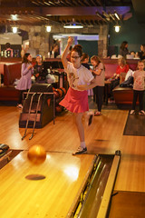 _DSC6194 (Shane Woodall) Tags: 2018 april birthday birthdayparty bowling bowlmore ella lily manhattan newyork party twins