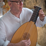 Peter Lagan with Lute