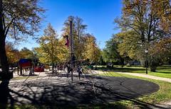 Fjorten dager før frostnettene[*]; or: Playground in the Park (iharsten) Tags: kirkeparken fredrikstad october 2018 park playground children sigurdhoel fjortendagerførfrostnettene girlpower