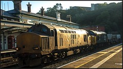 Old favourites! - 10th (peterdouglas1) Tags: directrailservices valleyflasks 6d43 bangorstation class37 37218 37424 37558 avrovulcan redtelephonebox northwalescoastrailway