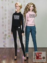 """""""DOLL"""" sweater for fr2 dolls (Frau_E.2017) Tags: fraue dollfashion handmade fashiondollapparel dollsweater printed fr2 sewing"""