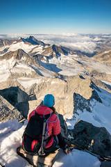 2018_09_16_Grossvenediger_IMG_2957 (homerj4y) Tags: 3657m alpenhauptkamm alpenverein alpinewelten berge bergfã¼hrer bergsteigen gipfel gletscher groãvenediger hochtour hohetauern kã¼rsingerhã¼tte nebel nessie osttirol salzuburg seilschaft steigeisen stirnlampen venedigergruppe wanderung wolken alpen andi nacht sonnenaufgang veronika kürsingerhütte bergführer grosvenediger pilz vanessa
