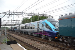 Transpennine Express MK5A (Will Swain) Tags: crewe station 25th may 2018 cheshire north west south county train trains rail railway railways transport travel uk britain vehicle vehicles england english transpennine express mk5a mk5 new loco hauled williamsdigitalcamerapics101