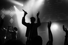 Proclaimers 22.10.18 PM (stuart.mccrum) Tags: auditorium worship singers black white sam hillsong london open heaven night