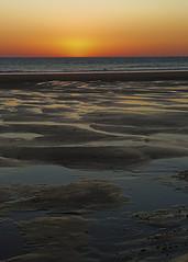 Solo.....luz     color.....y,,,, (pp diaz) Tags: atardecer ocaso puestadesol cielo aire agua mar costa tierra paisaje playa luz color sur costaballena rota cádiz andalucía españa