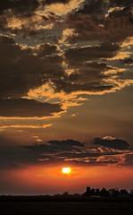 Sunset over Freeman Farm (Ray Cunningham) Tags: sunset 61849 homer illinois clouds freeman farm