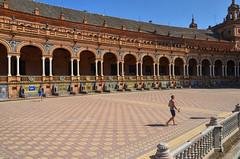 Almas perdidas (encantadissima) Tags: siviglia sevilla spanga espana piazzadispagna people architettura