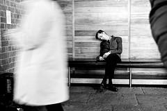Tired of art (Rosetta Bonatti (RosLol)) Tags: roslol rosettabonatti tate liverpool uk england man candid sleeping museum bw street streetphotography blackandwhite biancoenero