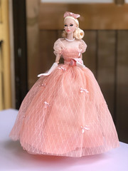 Going to the ball (duckhoa_le) Tags: doll dolls fashion royalty integrity toys toy barbie pink peach parfait 2018 city sweetheart collection blonde pale japan skintone screening pillow talk gown ball dress princess photography photoshoot miss amour dior chanel poppy parker