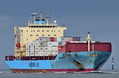 Nora Maersk (Bernhard Fuchs) Tags: elbe ships containerschiffe frachtschiffe schiffe cargoships boat nikon cargo cuxhaven containerschiff fracht frachtschiff ship vessel water maersk schiff wasser boot cargoship