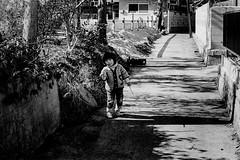 Street 727 (soyokazeojisan) Tags: japan bw city street people blackandwhite monochrome analog olympus m1 om1 200mm film trix kodak memories 1970s 1976