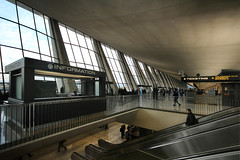 IMG_2013 (trevor.patt) Tags: saarinen architecture modernist airport washingtondc iad catenary