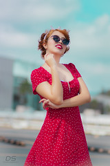 M Vintage (diegography) Tags: portrait retrato vintage guadalajara day light sun red natural nature cute girl beauty bokeh eyes canon canon80d