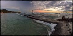 Sunset, Honolulu, Oahu. (drpeterrath) Tags: landscape seascape honolulu oahu hawaii water pacific ocean waves diamondhead clouds sun sky outdoor canon eos5dsr 5dsr pano panorama