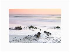 Plovan #4 (Guillaume et Anne) Tags: plovan finistère bretagne france penmarch baie audierne plage beach sunset coucherdesoleil canon 6d 24105f4lis 24105 24105f4 filtre filters leefilters lee big stopper nd12 poselongue longexposure