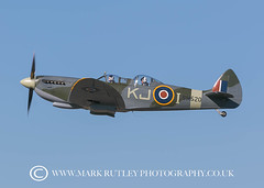 SPITFIRE FLIGHTS (mark_rutley) Tags: aircraft aviation aviationphotography leeonsolent solentairport spitfire twoseaterspitfireflights boultbeeflight