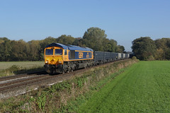 66776 East Goscote (Gridboy56) Tags: gm gbrf uk locomotive locomotives leicestershire europe england emd wagons cargo class66 freight shed trains train railways railroad railfreight 66776 6e89 wellingborough wellingboroughyard northamptonshire rylstone tilcon eastgoscote