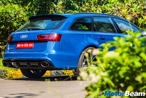 Audi-RS6-Avant-Performance-7