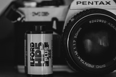 Ilford HP5... (Jess Feldon) Tags: macromondays perfectmatch pentax ilfordfilm film 35mm blackandwhite vintagecamera jessfeldon lookslikefilm sonya7 hmm