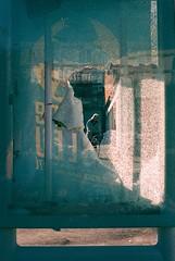 Broken glass (herbdolphy) Tags: analogique argentique analog pellicule 35mm kodak portra 400 film filmisnotdead pentax p30n 50mm