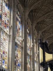 Cambridge 2018: Stained beauty (mdiepraam (30 mln views!)) Tags: cambridge 2018 building architecture kingscollegechapel windows stainedglass light