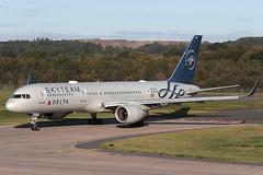 Boeing 757-231 N717TW Delta Air Lines (Mark McEwan) Tags: boeing boeing757 b757 boeing757231 n717tw deltaairlines delta aviation aircraft airplane airliner edi edinburghairport edinburgh skyteam