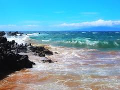 As Close as it gets (Robert Cowlishaw (Mertonian)) Tags: deeply curvy nature beautiful wonder awe ineffable oceanmelodies waves canonpowershotg1xmarkiii markiii g1x powershot canon robertcowlishaw mertonian hawaii maui2018