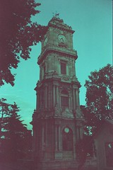 Dolmabahçe Clock Tower (mesutsuat) Tags: istanbul turkey beşiktaş dolmabahçe clock tower pentax k1000 tokina 3570 f4 depla 400 expired 2007 saat kulesi