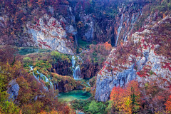 Plitvice Lakes. (Rudi1976) Tags: plitvicelakes nationalpark waterfall autumn landscape croatia nature outdoors trees forest woods landmark traveldestination beautyinnature beautiful famous remote tourism water clean environment leaves fall season dawn morning europe green flowingwater stream rapids cascades mountains valley