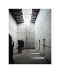 la Congiunta, Peter Märkli, Giornico, 1992 (Crispijn van Sas) Tags: concrete beton peter märkli architecture great beauty serenity mamiya 7 80mm portra 160 giornico 1992