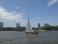 Sailboat (c_nilsen) Tags: london england unitedkingdom digital digitalphoto river riverthames boat sailboat