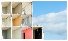 Rooms with a view (leo.roos) Tags: demolition blockofflats flatgebouw flat wall floor concrete beton palenstein zoetermeer beercan minolta minolta702104 a99 darosa leoroos