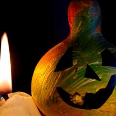 MM_Trick or Treat (Anavicor) Tags: mm mhm trickortreat macro mondays macromondays calabaza humor halloween joke vela candle