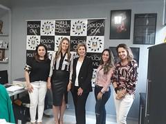 26/09/18 - Visita à Delegacia da Mulher de Porto Alegre. Com as delegadas Tatiana, Carolina, Nadine e Adriana.