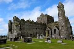Rock of Cashel (annalisabianchetti) Tags: rock fortezza cashel cathedral abazia historic travel beautiful ireland irlanda europa