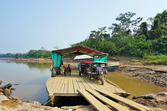 GCS REDD+, Madre de Dios, Peru. (CIFOR) Tags: waterresources ferry landscape economics water geographic localpeople forestedwatersheds river boatriver transportation livingconditions communityforestry boat dry socioeconomics livelihoods transport tambopata madrededios peru pe