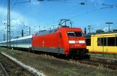 101 037  Karlsruhe Hbf  11.07.01 (w. + h. brutzer) Tags: karlsruhe eisenbahn eisenbahnen train trains railway deutschland germany elok eloks lokomotive locomotive zug 101 db webru analog nikon