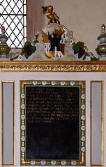 Exeter, Devon, St. Martin's, reredos, detail (groenling) Tags: exeter devon england britain greatbritain gb uk stmartins cct altar reredos coatofarms lordsprayer lion castle gate grape vine