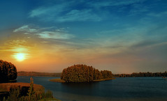 Sunset on the lake. (augustynbatko) Tags: sunset lake landscape nature water sky sun trees
